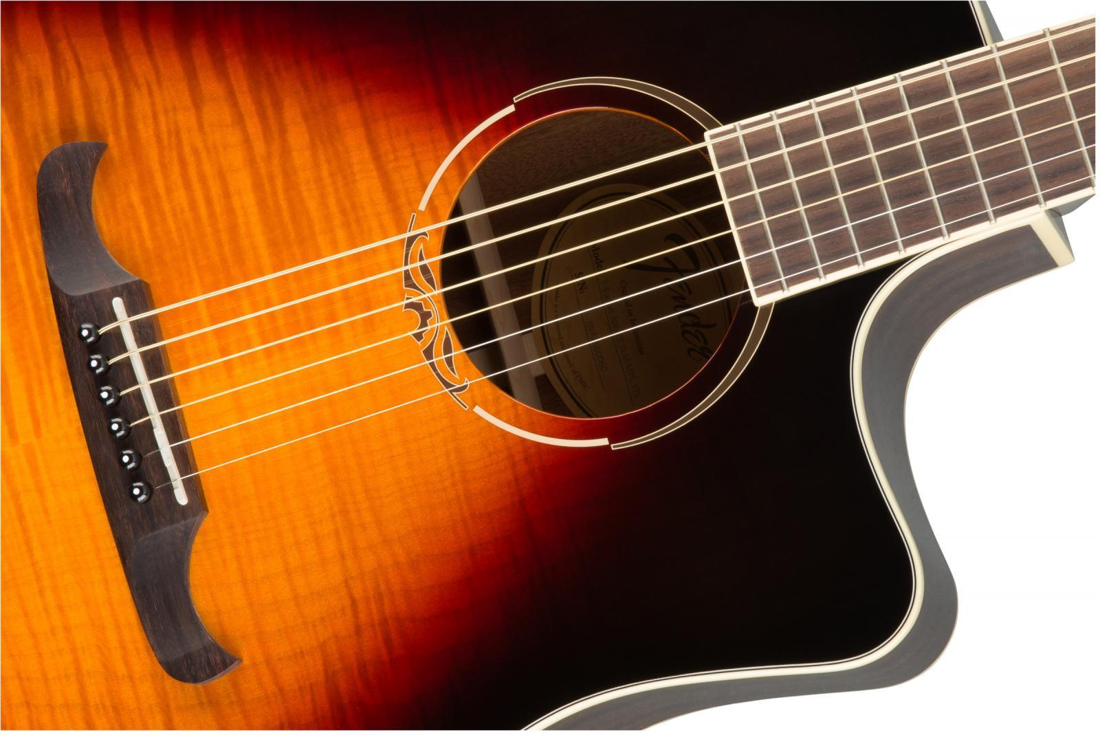 Đàn guitar Fender T-Bucket 300CE có thanh giằng quartersawn scalloped X