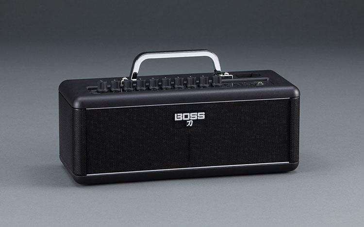 BOSS KTNAIR là một chiếc amply với thiết kế hiện đại
