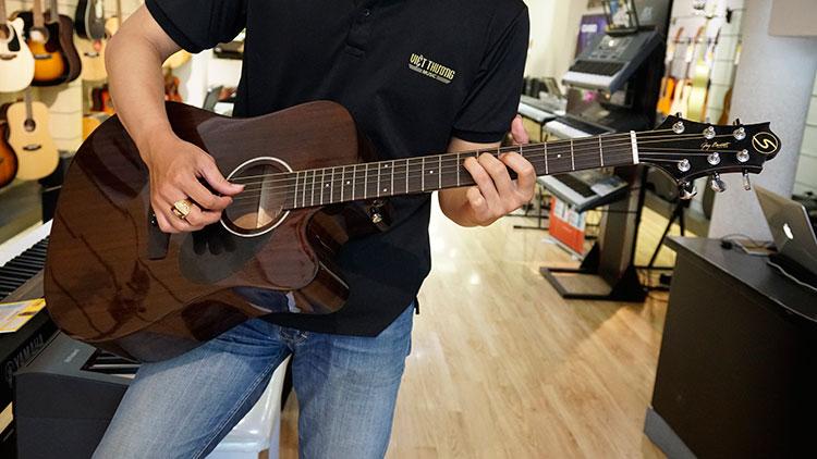Đàn Guitar Greg Bennet D-1CE NAT có kiểu dáng sang trọng
