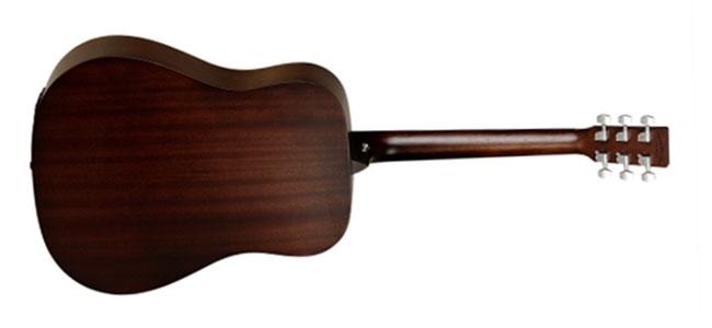 Mặt trước, lưng, hông và cần đàn Tanglewood TWCR D được làm bằng gỗ Mahogany
