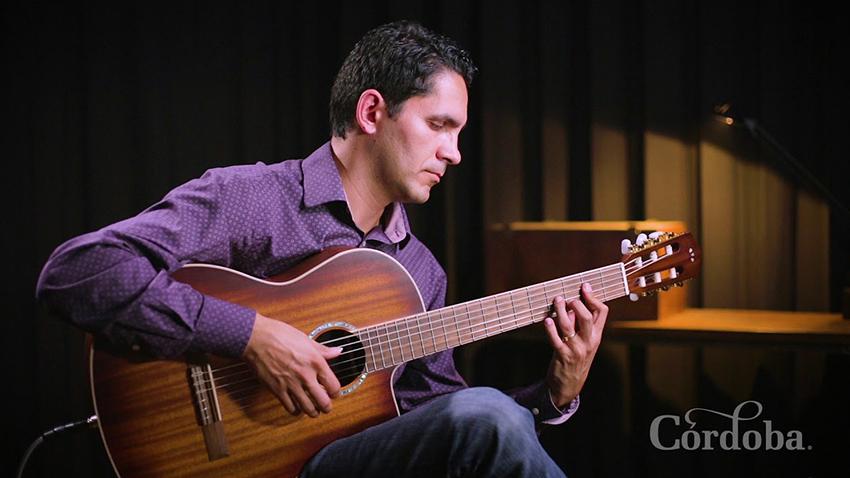 đàn guitar cordoba c4ce có thiết kế bắt mắt