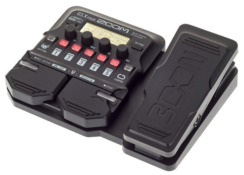guitar effects zoom g1X four có thiết kế linh hoạt