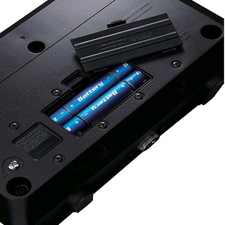 Roland Mobile AC có thể xài pin