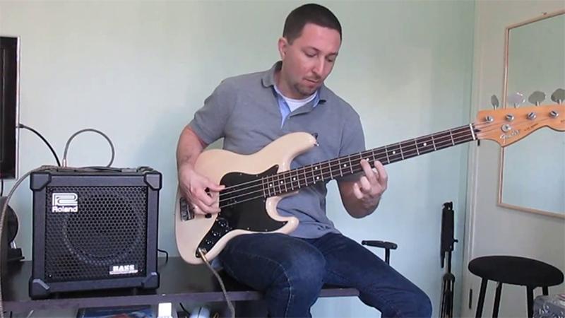 Roland Bass Cube-20XL có thiết kế chắc chắn