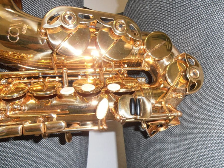 Conn AS655 Student Eb Alto Saxophones nhỏ gọn