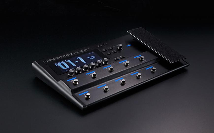 Phơ bàn Boss GT-1000 có thiết kế linh hoạt