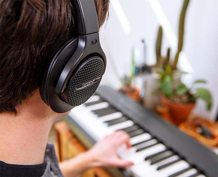 dan-piano-dien-roland-fp30x