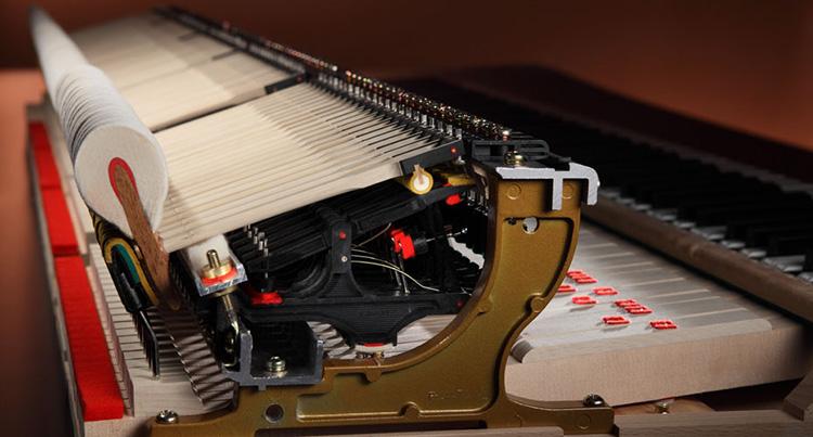 Bộ máy cơ thiên niên kỷ thế hệ thứ III là một phát minh độc quyền của hãng Kawai