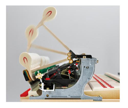 Bộ máy cơ thiên niên kỷ thế hệ thứ III là phát minh độc quyền của kawai